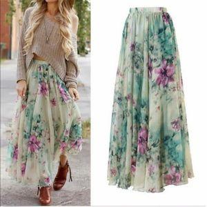 Dresses & Skirts - SUMMER BOHO Floral Maxi Skirt